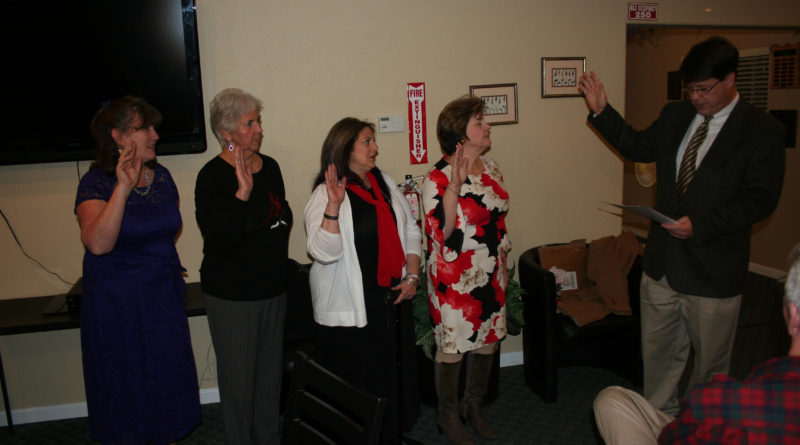 Fernley Republican Women 2018 officers sworn in
